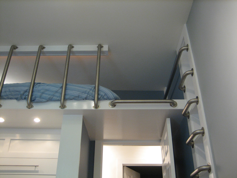Loft bed built above murphy bed. Pat\'s place.