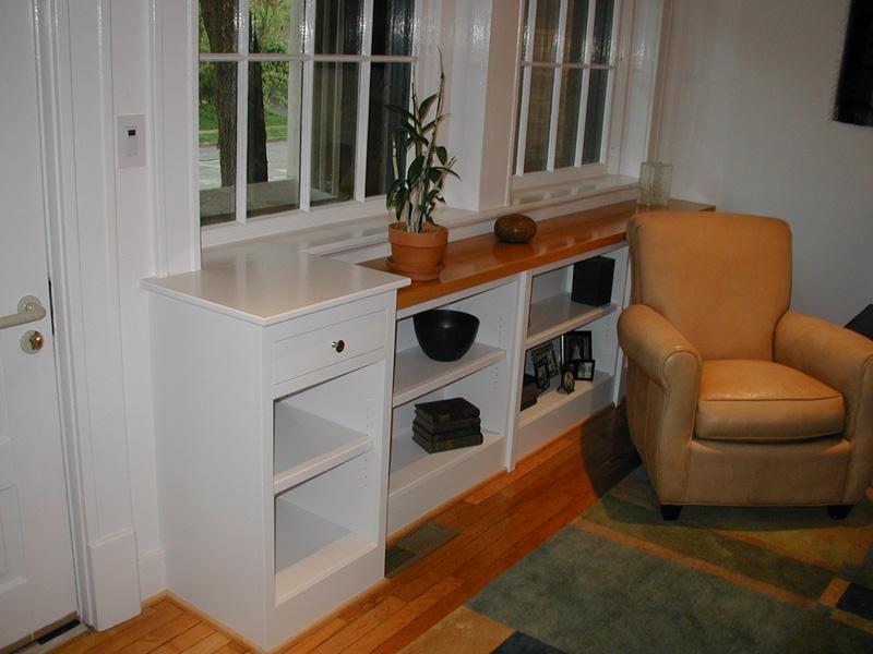 Front bookshelves, Pat\'s place.